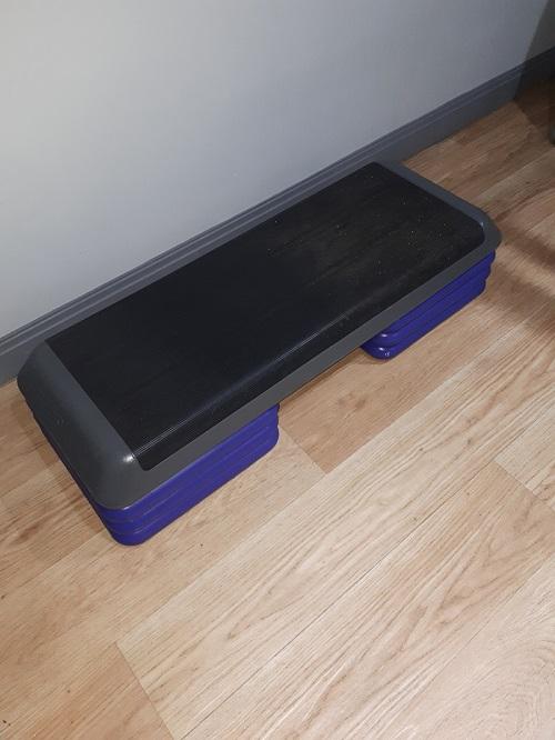 Step Box Including Platform and Risers