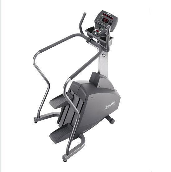 Life Fitness 95Si stair climber